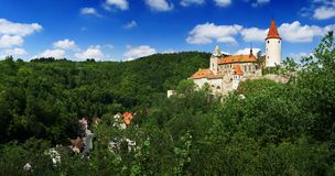 Panorama del castillo de Krivoklat Imagen de archivo libre de regalías