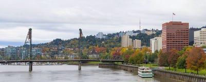 Panorama del centro del parco di lungomare di Portland Oregon Fotografie Stock Libere da Diritti