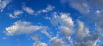 Panorama del cielo de la primavera Foto de archivo