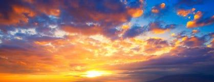 Panorama del cielo de la puesta del sol Imagen de archivo