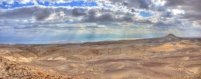 Panorama del deserto di Yehuda e del mare guasto, Israele Fotografie Stock Libere da Diritti