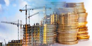 Panorama del edificio en el dinero del fondo fotografía de archivo