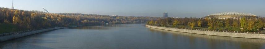 Panorama del fiume di Moskva Fotografia Stock Libera da Diritti
