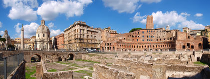 Panorama del foro de Trajan Imagen de archivo libre de regalías