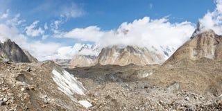 Panorama del glaciar de Baltoro Imagen de archivo libre de regalías