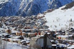 Panorama del Hils e degli hotel, Les Deux Alpes, Francia, francese Fotografia Stock
