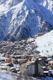 Panorama del Hils e degli hotel, Les Deux Alpes, Francia, francese Fotografia Stock Libera da Diritti