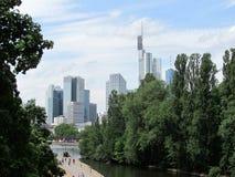 Panorama del horizonte de Francfort, Alemania imagenes de archivo