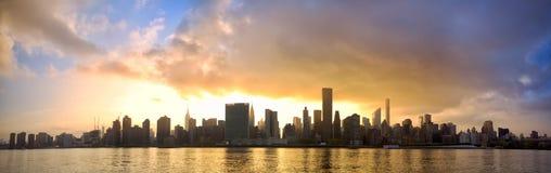 Panorama del horizonte de Manhattan Imágenes de archivo libres de regalías