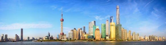Panorama del horizonte de Shangai Foto de archivo libre de regalías