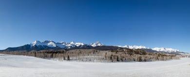 Panorama del invierno de las montañas de San Juan Foto de archivo