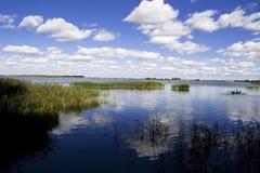 Panorama del lago Fotografie Stock Libere da Diritti