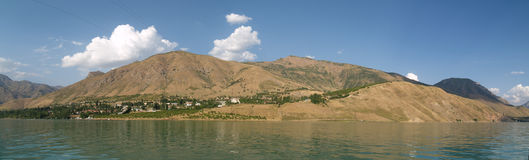 Panorama del lago Fotos de archivo libres de regalías