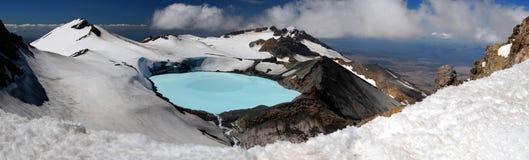 Panorama del lago crater di Ruapehu del supporto Immagine Stock