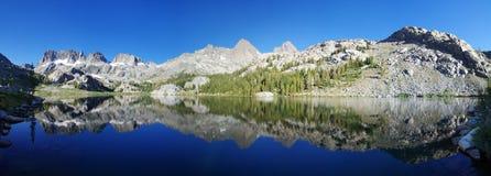 Panorama del lago Ediza immagine stock libera da diritti