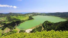 Panorama del lago Furnas, Azores, Portugal almacen de metraje de vídeo