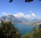 Panorama del lago Garda Immagini Stock Libere da Diritti