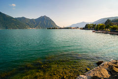 Panorama del lago Iseo Fotografia Stock