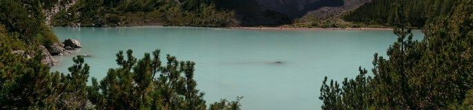 Panorama del lago Sorapis, dolomia, Italia Fotografia Stock Libera da Diritti