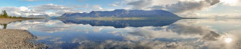 Panorama del lama del lago Fotografía de archivo libre de regalías