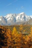 Panorama del macizo de Mont Blanc Fotos de archivo libres de regalías