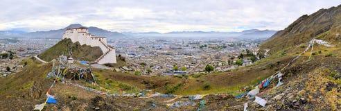 Panorama del monastero di Shigatse nel Tibet Immagine Stock Libera da Diritti