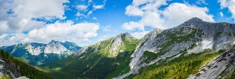Panorama del paesaggio della montagna Immagine Stock Libera da Diritti