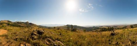 Panorama del paesaggio della savanna in montagne dello Swaziland Immagine Stock