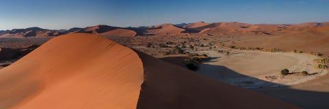Panorama del paisaje de la duna en Sossusvlei Fotografía de archivo