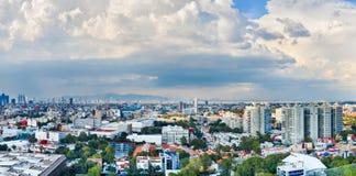 Panorama del paisaje urbano de Ciudad de México Fotografía de archivo libre de regalías