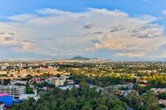 Panorama del paisaje urbano de Ciudad de México fotos de archivo