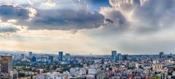 Panorama del paisaje urbano de Ciudad de México Fotografía de archivo