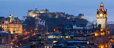Panorama del paisaje urbano de Edimburgo Fotos de archivo libres de regalías