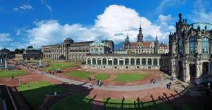 Panorama del palacio de Zwinger en Dresden Fotos de archivo