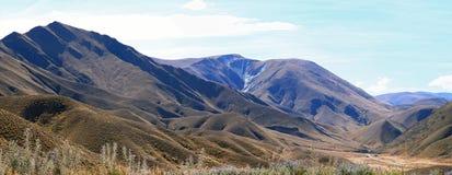 Panorama del passaggio di Lindis di paesaggio della montagna Immagine Stock