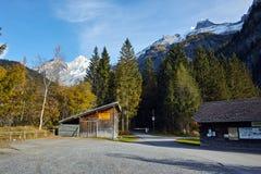 Panorama del picco di Bluemlisalp delle alpi, Svizzera Fotografia Stock