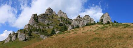 Panorama del pico de Ciucas Imagen de archivo