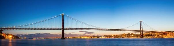 Panorama del ponte di Lisbona Immagine Stock