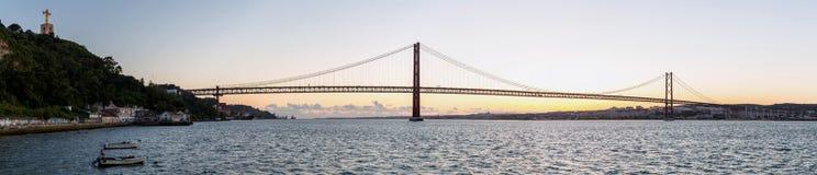 Panorama del ponte di Lisbona Fotografia Stock