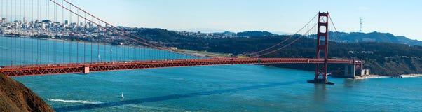 Panorama del ponticello di cancello dorato fotografia stock libera da diritti