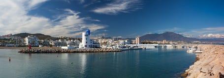 Panorama del porto di Duquesa, Costa del Sol, Spagna Immagini Stock Libere da Diritti