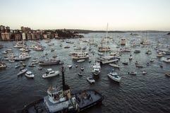 Panorama del porto di Sydney preso su 19 del febbraio 2007 durante la visita della nave da crociera della regina Elizabeth 2 Fotografia Stock Libera da Diritti