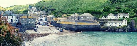 Panorama del porto Isaac, Cornovaglia del villaggio Fotografia Stock Libera da Diritti
