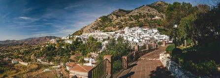 Panorama del pueblo blanco de Mijas Imágenes de archivo libres de regalías