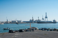 Panorama del puerto industrial de Sete en Francia imágenes de archivo libres de regalías