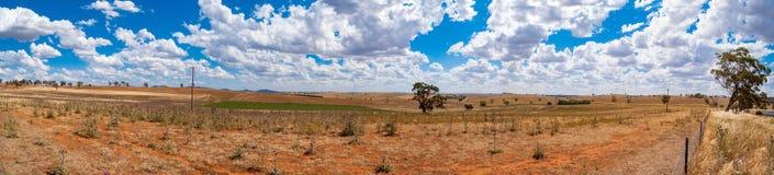 Panorama del recinto chiuso rurale Campagna, paesaggio di agricoltura Fotografia Stock Libera da Diritti