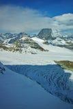 Panorama del supporto il Cervino coperto di nuvole, alpi, Svizzera Fotografie Stock