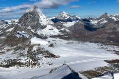 Panorama del supporto il Cervino coperto di nuvole, alpi, Svizzera Fotografia Stock
