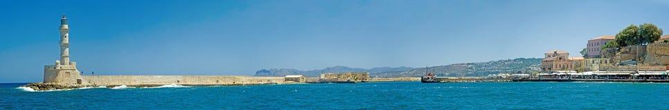Panorama del terraplén de Chania, Crete, Grecia imagenes de archivo