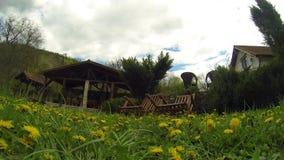 Panorama del timelapse del giardino archivi video